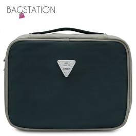 BAGSTATIONZ Colour Block Lightweight Water Resistant Travel Toiletries Pouch-Green